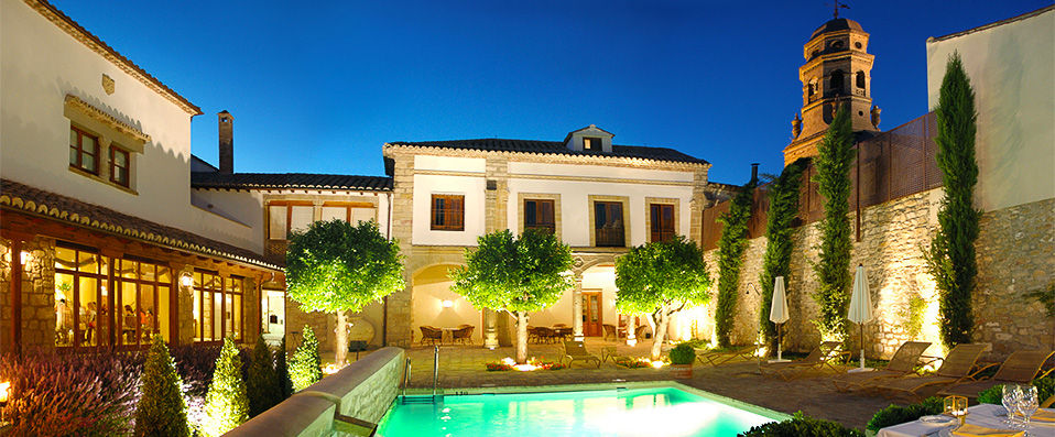 Hotel puerta de la luna verychic ventes priv es d for Puerta 7 luna park