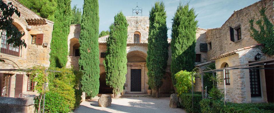 Abbaye de sainte croix verychic ventes priv es d for Abbaye de st croix salon