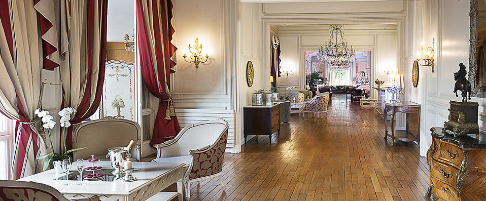 pavillon henri iv verychic ventes priv es d 39 h tels. Black Bedroom Furniture Sets. Home Design Ideas